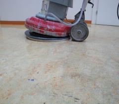 Strojní čištění lina