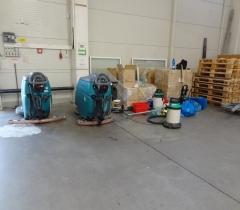 Čištění betonu skladová hala 2