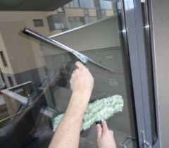 Mytí oken a dveří v novostavbě