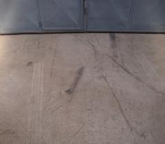 Pryskyřicová průmyslová podlaha - původní stav