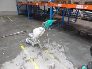 Strojové čištění betonu