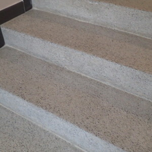 Terazzové schody po renovací